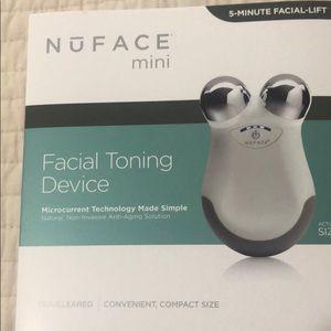Facial Toning Device